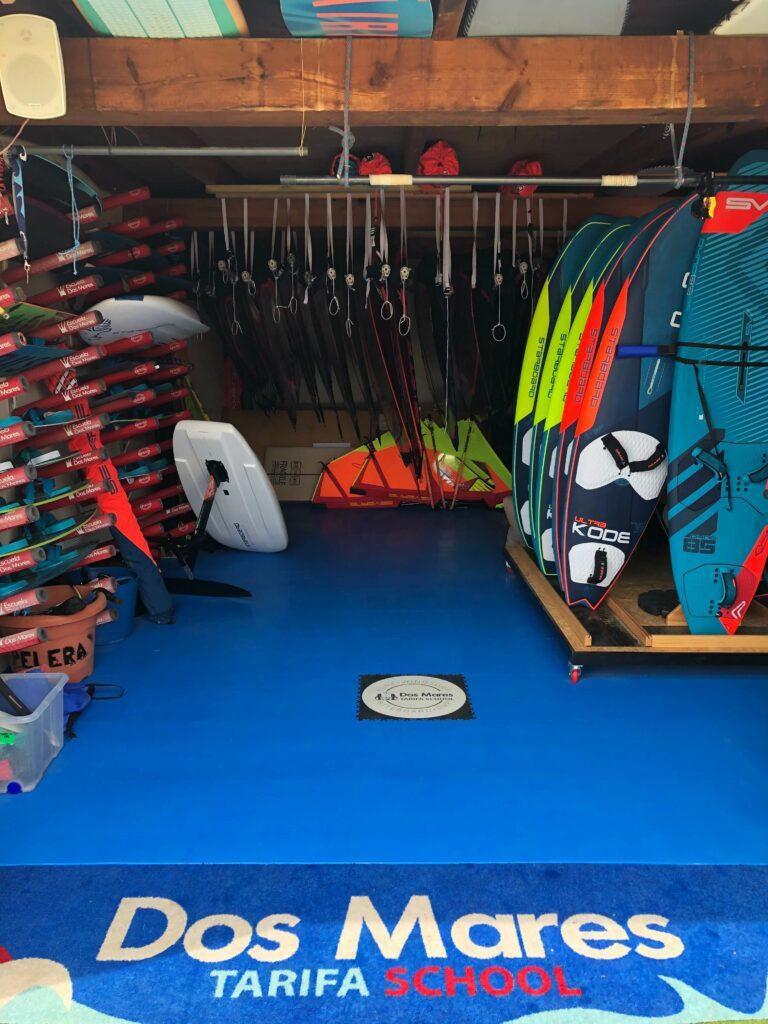 Požičovňa surfov, Španielsko
